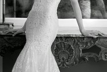 We can all dream.. :) / Wedding dresses I'd  love to one day wear.!