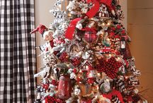 2017 RAZ Christmas Trees / Sneak peek at the brand new 2017 RAZ Christmas trees! Browse for decorating inspiration and ideas. VIsit us at Trendy Tree to see all the products we have from these stunning RAZ Collections.  http://www.trendytree.com