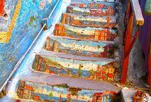 Escaliers street art architecturaux modernes