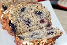 food.breadsandmuffins / by Megan George