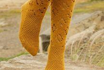 Virkatut käsineet ja sukat