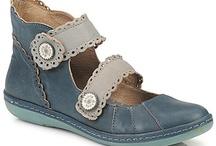 Ayakkabı çılgınlığı / Want all of them