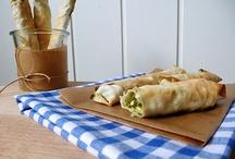 Osterbrunch Rezepte vegetarisch / Süße und herzhafte Rezepte für dein Osterfrühstück oder den Osterbrunch. Leckere vegane Aufstriche, vegetarische Quiches und schnelle Backideen.