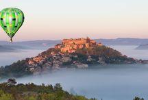 Cordes sur Ciel, village préféré des français en montgolfière