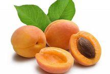 Apricots / Βερίκοκα