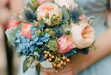 Bridesmaid Bouquets Inspiration / Favorite Bridesmaid Bouquets
