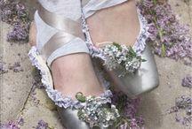 Glistening Grey / by Alicia Hamlett