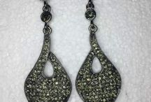 SHOP FALL JEWELRY NOW! WHILE STOCKS LAST! FREE SHIPPING!