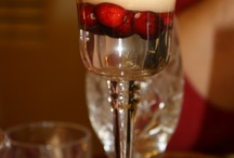 Cranberry Decorations  / Wedding decorations and centerpieces using cranberries. / by Simple Big Day