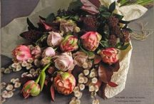 blooms / flowers in bunches, posies, vases, vessels, fashion, farms, paint... / by fie de relsa