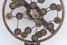 Circle metal sculpture / Metal sculptures made by Giannis Dendrinos. Circle shaped metal sculptures