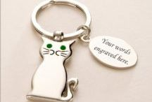 Pet Loss Sympathy Gifts / Sympathy gift ideas for someone who is grieving for a much loved dog, cat, horse or other special pet. www.someoneremembered.co.uk