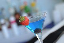 Un aperitivo in nostra compagnia / Vieni a prendere un aperitivo da noi e Giuliano ti preparerà uno dei suoi gustosi cocktail