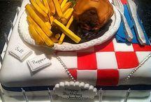 Pie, chips & gravy cake