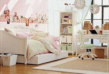 Schifo Girls' Bedroom