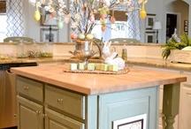 Kitchen Island decorations & backsplash ideas / Decorating my island for every holiday  / by Leslie Reynolds