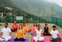 Yoga Retreat in Rishikesh India / HYR has a peaceful Retreat center in Laxman Jhula, Rishikesh, away from the hustle and bustle and right next to the Ganges. Training is held here every time. During 7 and 14 days, you will get a precious knowledge about your mind, body and soul, you will learn how to live the life in very peaceful and healthy way.
