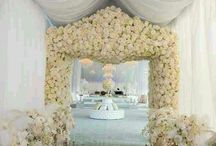 Pretty Florals / by Perfect Events
