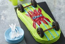 SKATEBOARD CAKE, AND BIRTHDAY PARTIES / Find and save ideas about Skateboard cake. Perfect for a party or birthday bug cake. Skateboard cake is more than perfect to celebrate a skateboard's lover's birthday. Still, these days, Skateboard cakes are made for a whole lot of occasions in.