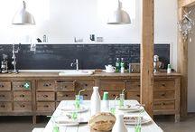 The vintagey wooden kitchen