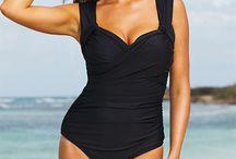 fashion- curvy beach