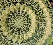 Lace and doily's / Haakideeen met kant en fijn haakwerk . Crochet ideas with lace and fine crochet