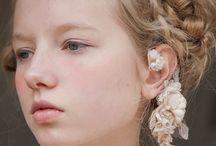 Cut & Pose Pierce Earrings