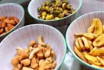 DIY Trail Mix / Try these DIY trail mix suggestions with baobab!