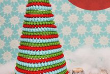 holiday hoopla / Christmas decor & crafts I will likely never try but will pin here nonetheless
