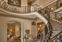 Foyer/Staircases