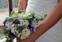 Buttercup And Daisies With Love / Buttercup and Daisies with Love is a wedding Florist based in the beautiful village of Eccleshall, Staffordshire. We work with brides around Staffordshire, Cheshire, Shropshire and sometimes a little further afield by special request. We have wedding flowers and arrangements to suit all budgets and requirements whether it's a bridal bouquet or a full scale wedding day package. We offer bespoke wedding flowers. www.onestopweddingshopstaffordshire.co.uk