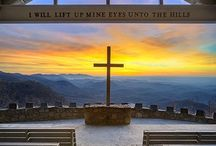 Churches and Places of Worship * Chiese e luoghi di culto