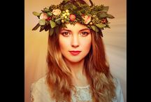 Flower Crown Image Editor / Flower crown image editor app allows to change hairstyle with crown flowers. Nowadays girls often love beautiful flower patterns for their hairstyle.