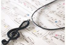 Necklace / Music Necklace