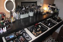 Makeup Vanity / by LOVE JONES