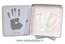 Baby Art / Com os artigos da marca Baby Art, poderá guardar para sempre a impressão das mãos pequenas ou dos pés do seu bebé.