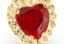 Party for Under $5! Jewelry / Fancy jewelry and fashionable items for under $5!