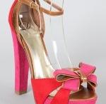 Shoes / by Delia Ramos