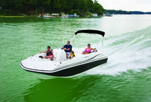 Hurricane Sundeck Sport Sterndrive / When you're looking for a family boat - look no further than HURRICANE! Our boats play hard and perform well, trip after trip, year after year, no matter what adventure you have in mind. Hurricane's SunDeck, SunDeck Sport and FunDeck lines have you covered! #hurricaneboats #NGG #Nautic Global Group #nauticglobalgroup #Ilovemyboat / by Hurricane Boats