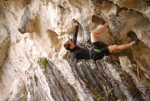 Rock Climbing / The wicked rock formations, the steep trails and the rising up to 150 feet (45.72 meters) make Lake Havasu, a hot spot for rock climbers. Get technical elements and characteristics information on Xtreme Spots. To know more visit: http://www.xtremespots.com/tag/usa-arizona/rock-climbing/