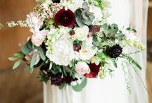 Garden Style Bouquet / Loosely structured with more greenery than many other types of bouquets.