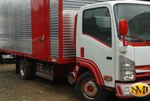 camiones y autos