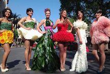 VÍSTETE CON FLORES / Nos encantan las cosas curiosas como estos bonitos vestidos realizados con flores