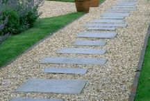 Front garden white stones