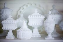 milk glass/depression glass / milk glass      depression glass