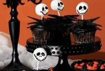 Halloween | Decorating Ideas / Spooky Halloween Decor to Frighten Those Who Dare Enter Your Spooky Abode / by Leisa Watkins