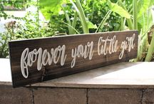 WEDDING ideas / Ideas for your wedding, Signs, Groomsmen gifts, table numbers, photo probs
