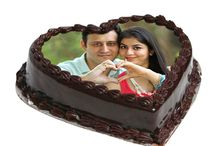 This is beautifully decorated specially made for Couple on valentines day special. Chocolate flavoured cake