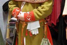 Historické oblečení a zbroje