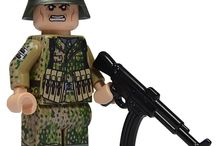 Custom Military LEGO Minifigures / United Bricks custom print highly accurate historical Lego minifigures, ranging from the Zulu War to modern day!